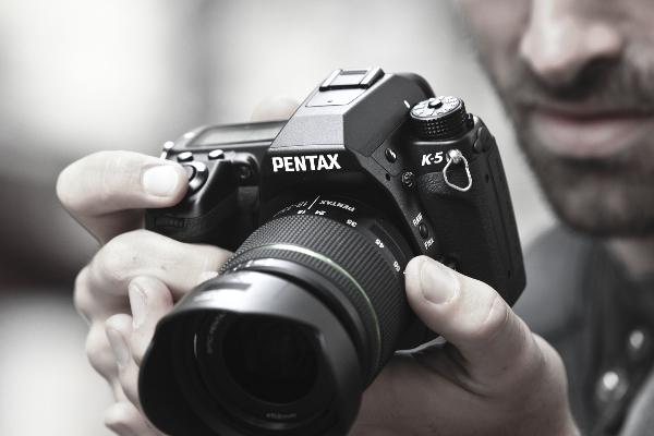 Обращение Pentax относительно матриц первой партии зеркальных камер K-5