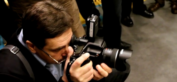Видео: эксклюзивная перезентация Pentax 645D в Таллине