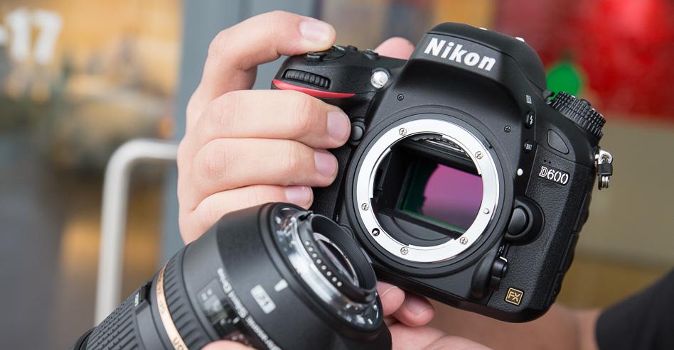 Что в коробке: зеркальная камера с полноформатной матрицей Nikon D600