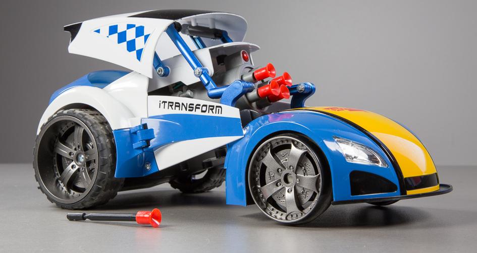 Что в коробке: машинка Platinet Bluetooth Stunt Car.