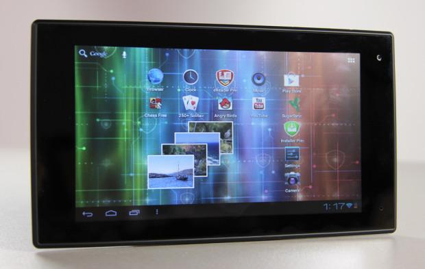 Что в коробке: планшетный компьютер с 7″ экраном Prestigio MultiPad 7.0 Prime.