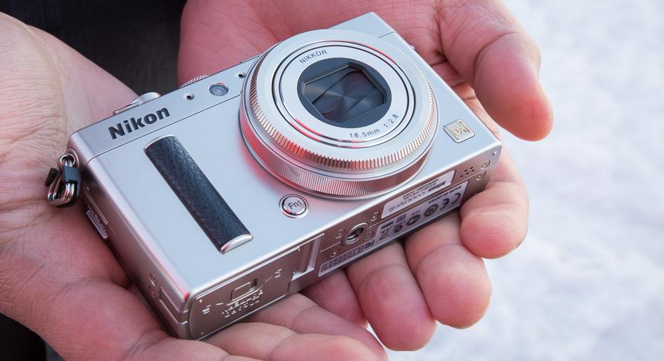 Что в коробке: компактная камера Nikon Coolpix A с матрицей APS-C.