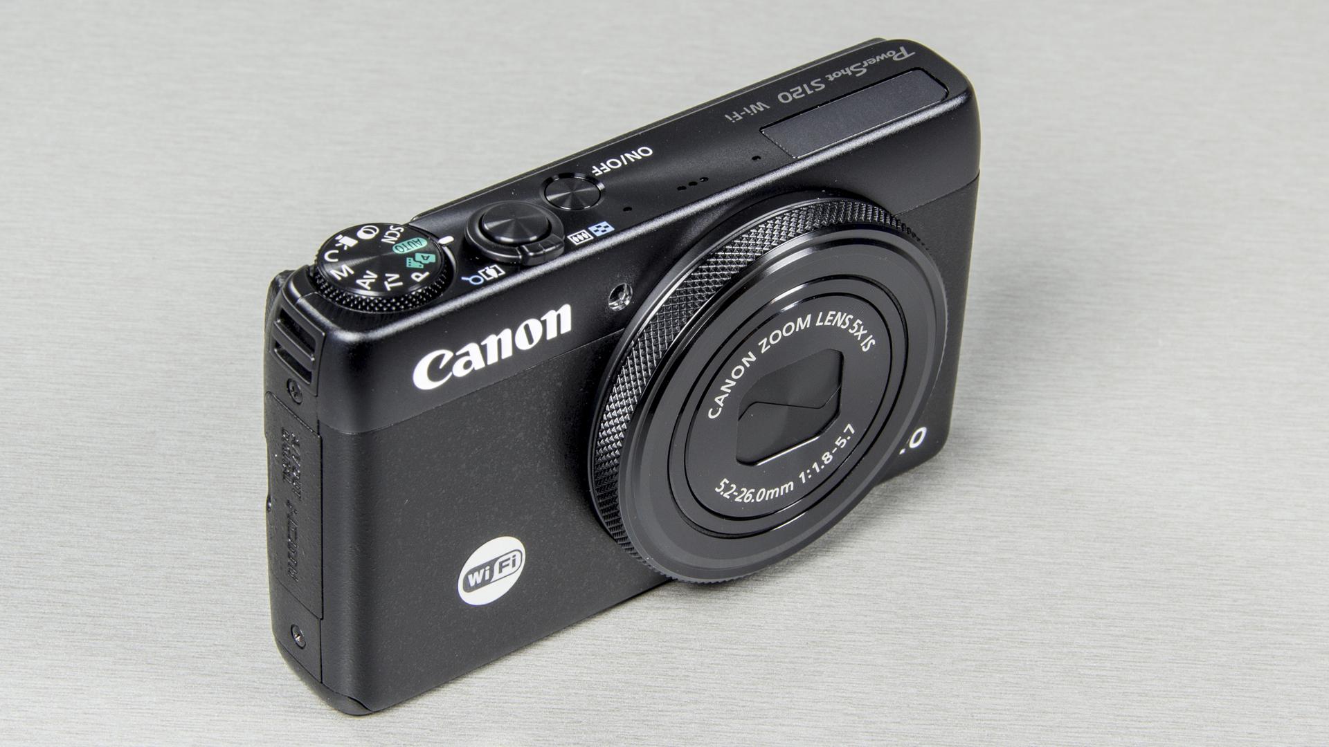 Что в коробке: Canon PowerShot S120.