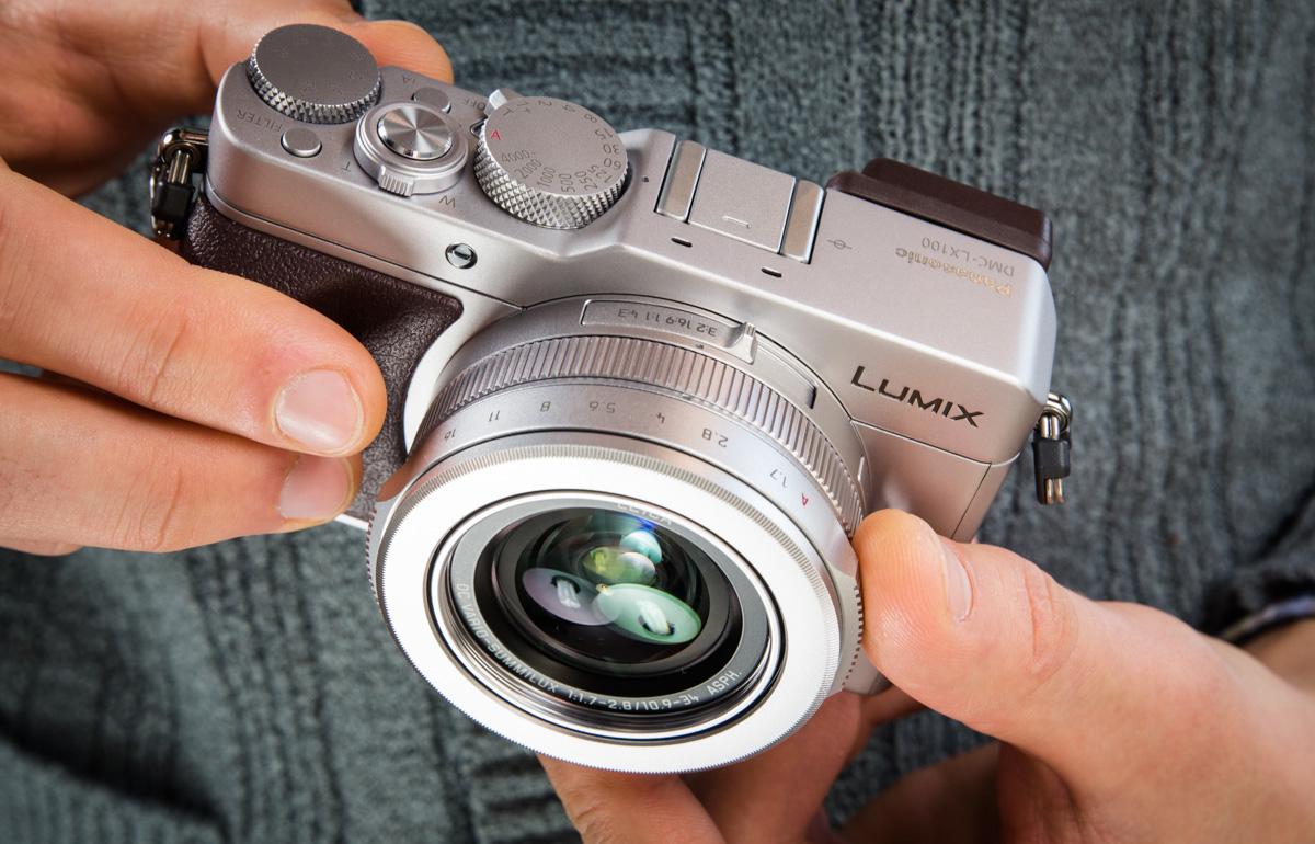 Что в коробке: компактная камера Panasonic Lumix LX100