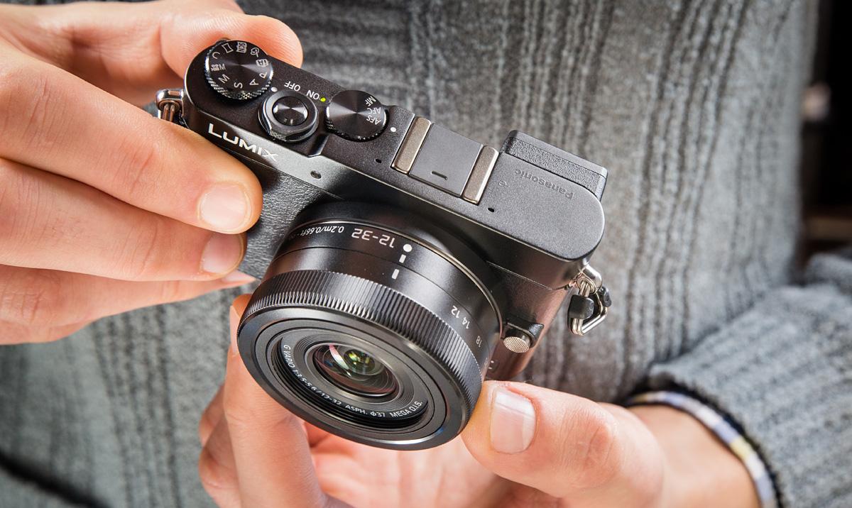 Что в коробке: миниатюрная беззеркальная камера Panasonic GM5