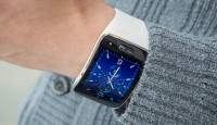 Футуристические смарт-часы Samsung Gear S для любителей информации