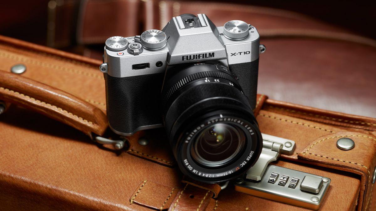 Теперь в продаже: мощная беззеркальная камера Fujifilm X-T10