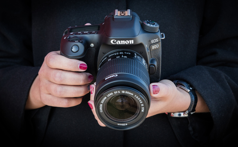 Что в коробке: зеркальная камера Canon EOS 80D