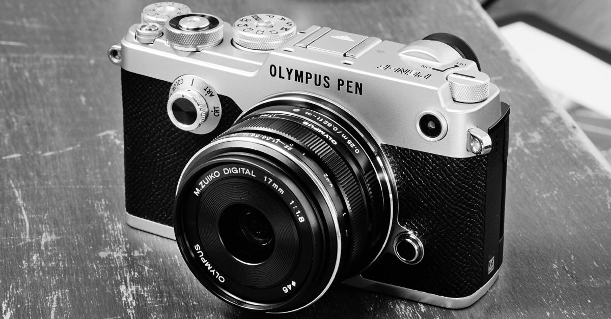 Беззеркальная камера Olympus PEN-F в октябре на 500€ дешевле