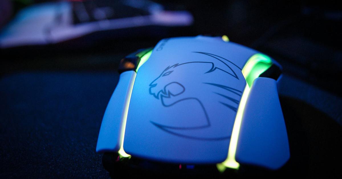 Теперь в наличии: инновационная игровая мышь Roccat Kone AIMO