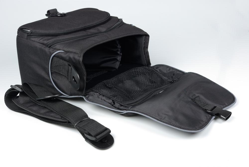 Suvel ostetud Nikon D5000 digipeegliga kaasa tasuta kaamerakott ning mälukaart
