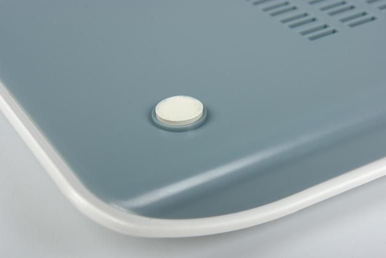 Karbist välja: Speedlink`i  juhtmevaba akulaadija Wii pultidele