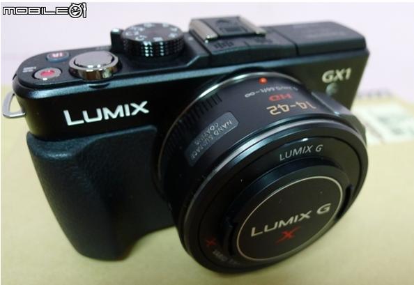 Paljastatud: Panasonic Lumix GX1 on entusiastidele suunatud hübriidkaamera rohkete juhtnuppudega