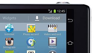 Samsung Galaxy Camera fotoaparaat lubab Android 4.1 kiirust ja 4G ühendust. Nikonil vesi ahjus