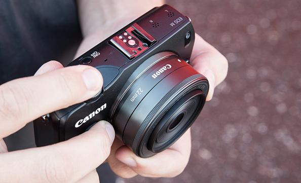 Canon EOS M hübriidkaamera ülevaade