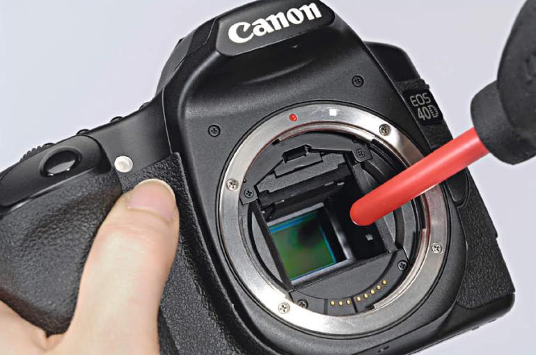 Peegelkaamerate sensorid Photopointis puhtaks
