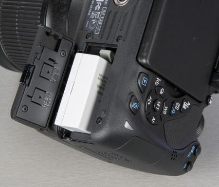 canon-eos-700d-peegelkaamera-photopoint-110