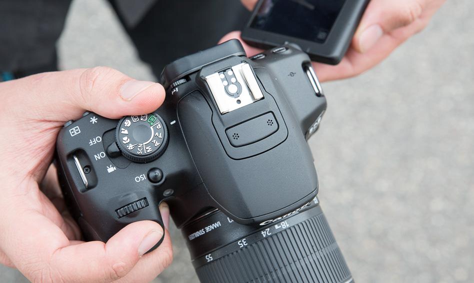 canon-eos-700d-peegelkaamera-photopoint-203