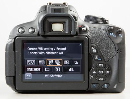 canon-eos-700d-peegelkaamera-photopoint-211