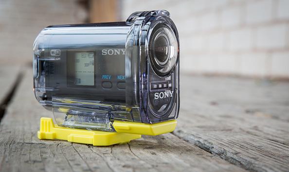 Sony lisab Action Cam kaamerale 1080p 60fps videorežiimi ning esitleb uusi kinnitustarvikuid