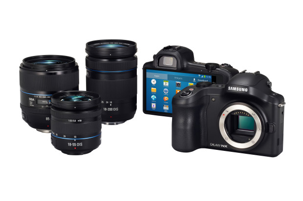 Galaxy_NX_with_lenses_black