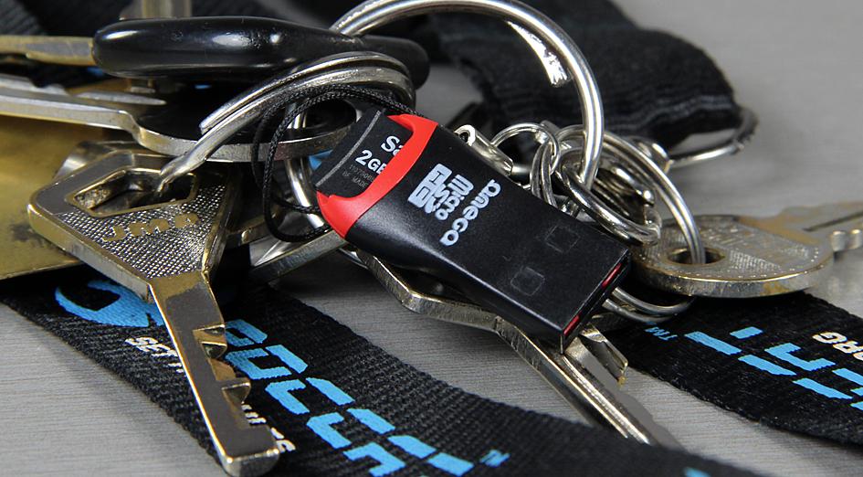 Kasulikud vidinad 73. Omega MicroSD kaardi lugeja