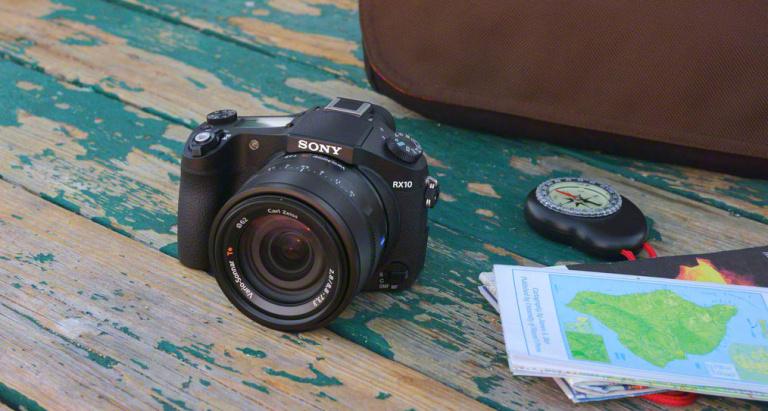 Sony RX10 on tippklassi kompaktkaamera 1″ sensori ja valgusjõulise 8.3x suumobjektiiviga