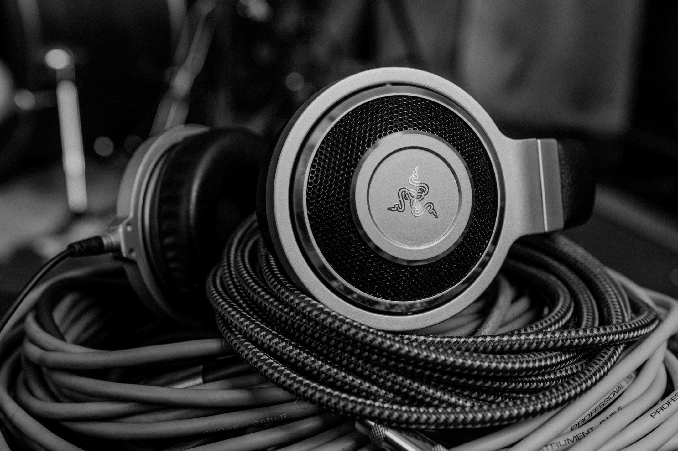 Razer Kraken Forged Edition kõrvaklapid tõsistele seppadele