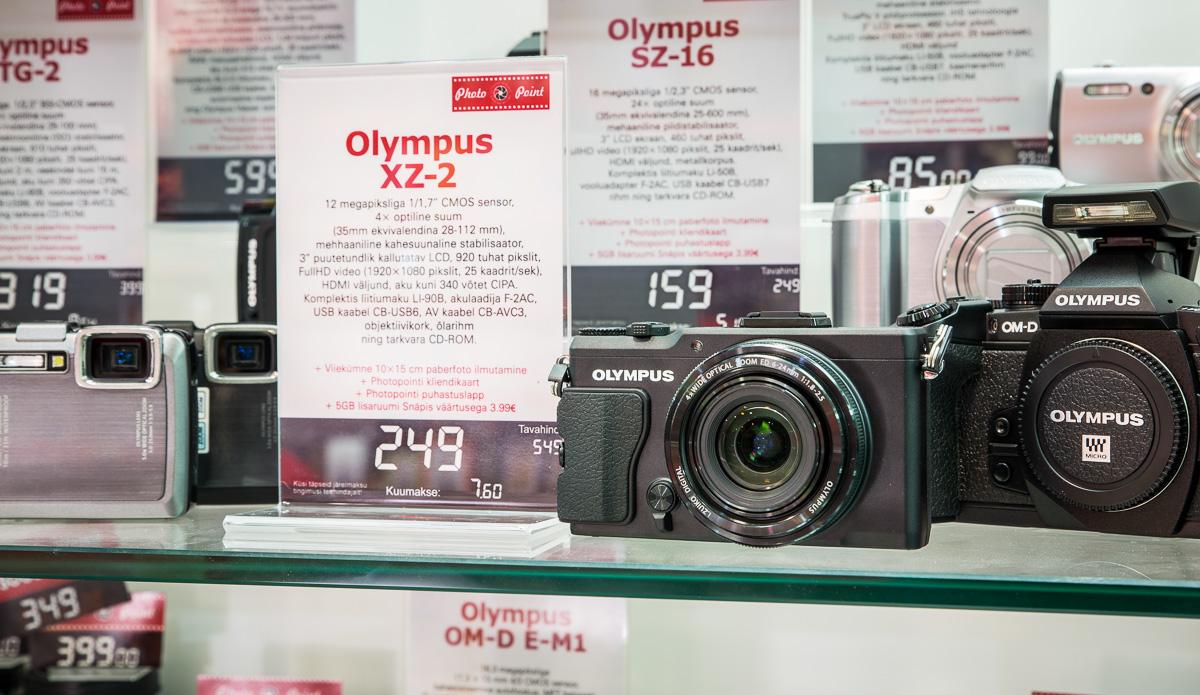 Olympus-xz-2-hind-1