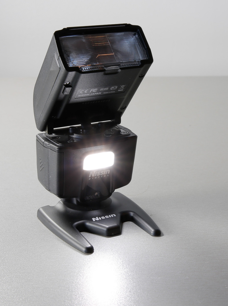 nissin-i40-flash-valklamp-photopoint--28