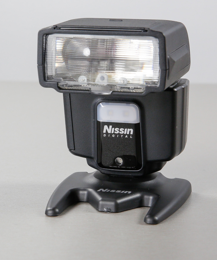 nissin-i40-flash-valklamp-photopoint--88