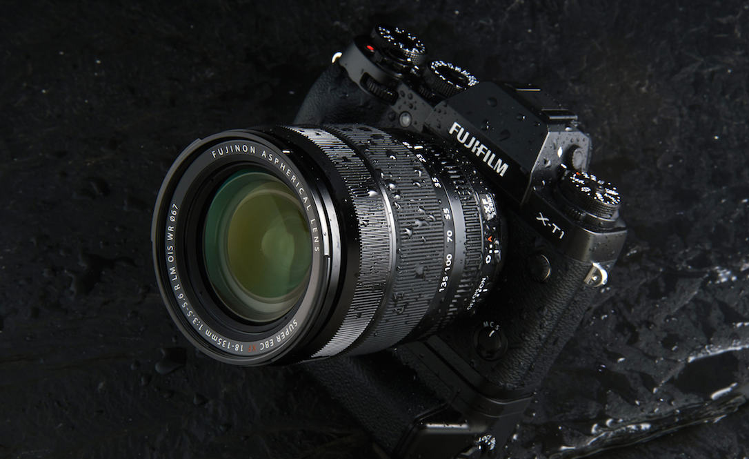 Fuji-18-135mm-featured