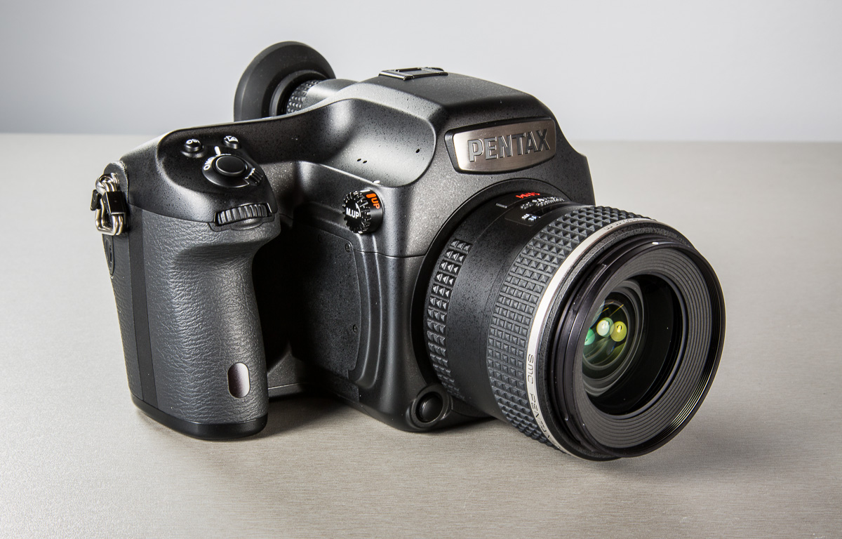 pentax-645z-medium-format-camera-photopoint-19