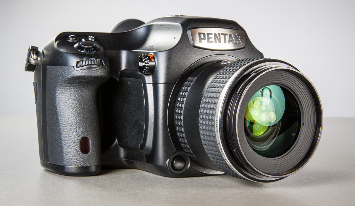 pentax-645z-medium-format-camera-photopoint-26