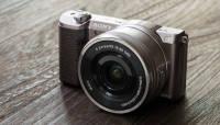 Sony a5100 hübriidkaamera asetab a6000 võimekuse soodsamasse plastikvormi