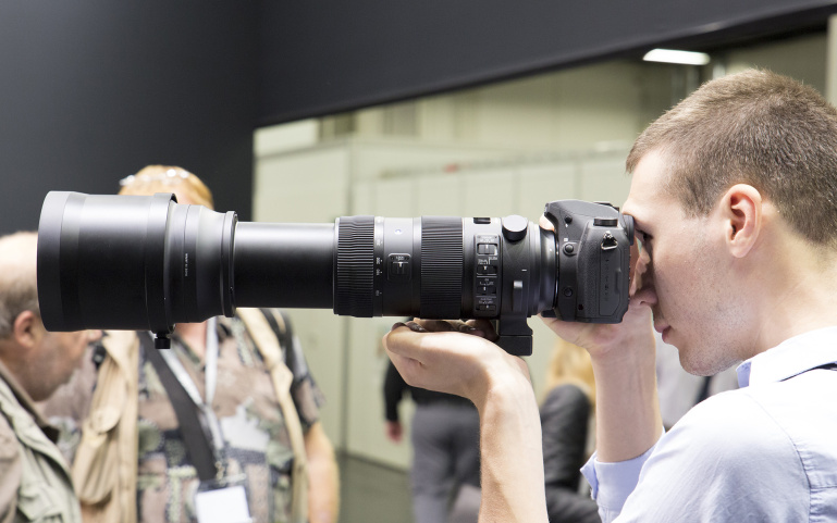 Sigma 150-600mm ja 18-300mm objektiivid Photokina fotomessil