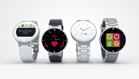 Vaese mehe Apple Watch  - Onetouch WATCH nutikell Alcatel'ilt