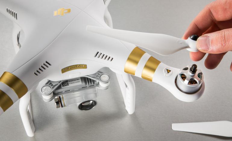 DJI hoiatab: Phantom 2 propellerikaitsmed ei ühildu Phantom 3 drooniga