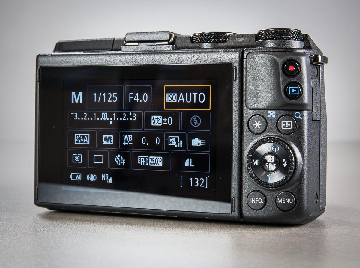 canon-eos-m3-hybriidkaamera-photopoint-11