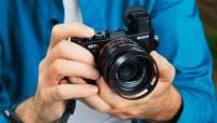 Sony RX1R II profiklassi kompaktkaamera saab kiire teravustamise ja elektroonilise pildiotsija