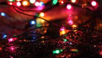 Jõulutuled toovad valguse tuppa ning viivad interneti välja