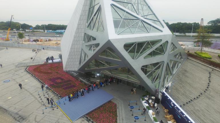 DJI avas Hiinas võimsa esinduskaupluse - vaata kõiki pilte siit