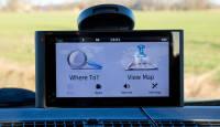 GPS või nutiseade, kumba autos kasutada?
