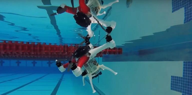 Loon Copter on droon, mis lendab, ujub ja sukeldub