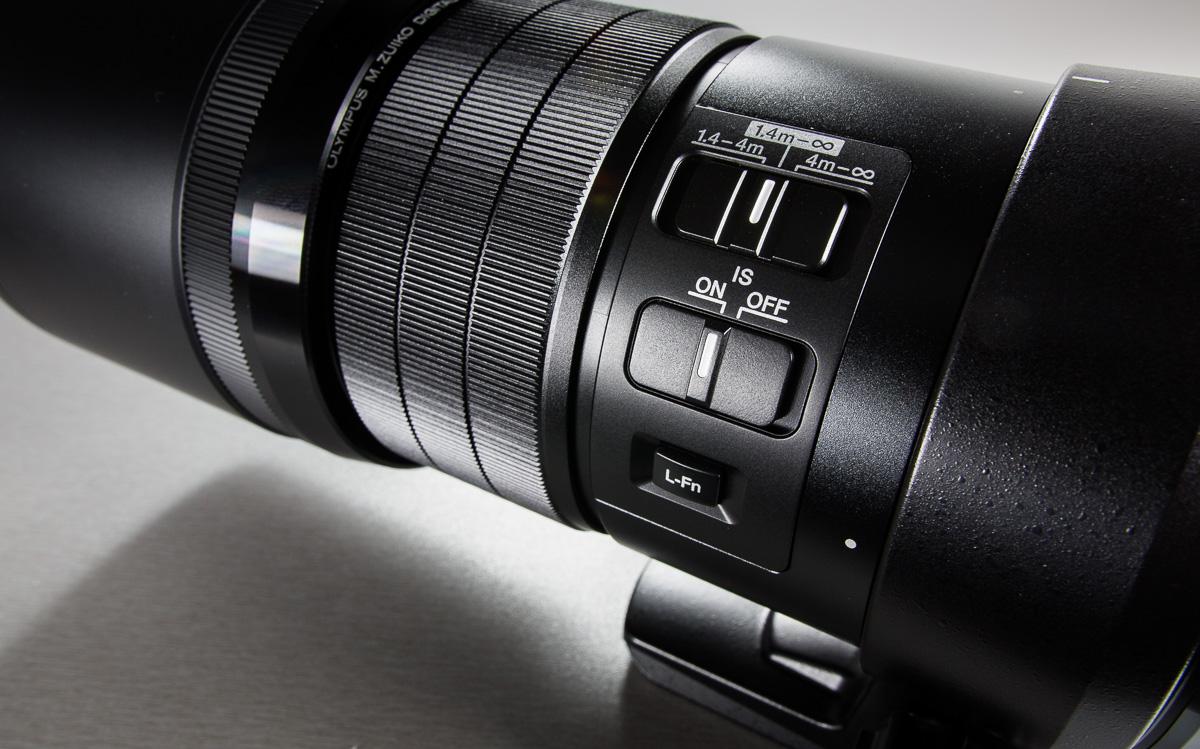 olympus-300mm-f4-200