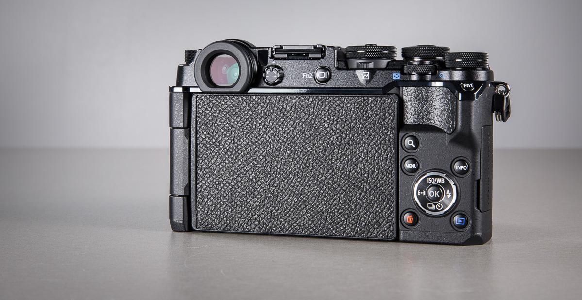 olympus-pen-f-hubriidkaamera-photopoint-50