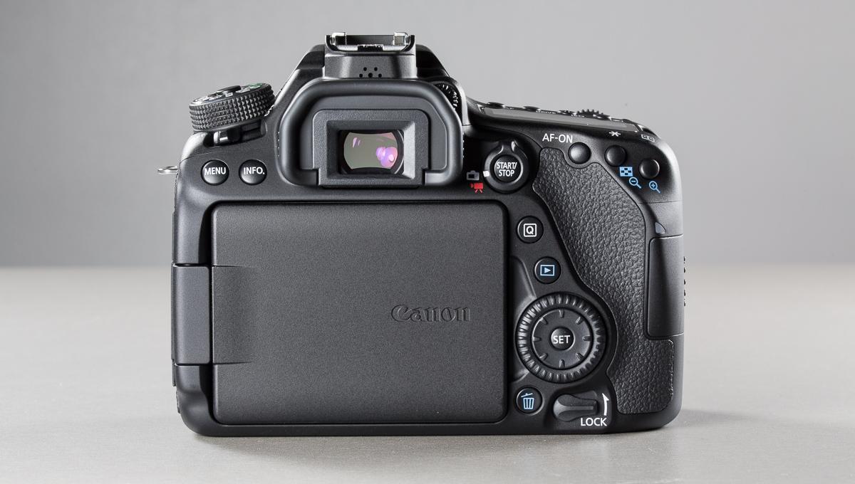 canon-eos-80d--4