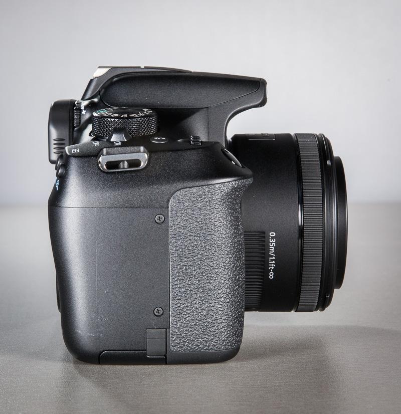 canon-eos-1300d-peegelkamera-50mm-objektiiv-photopoint-101
