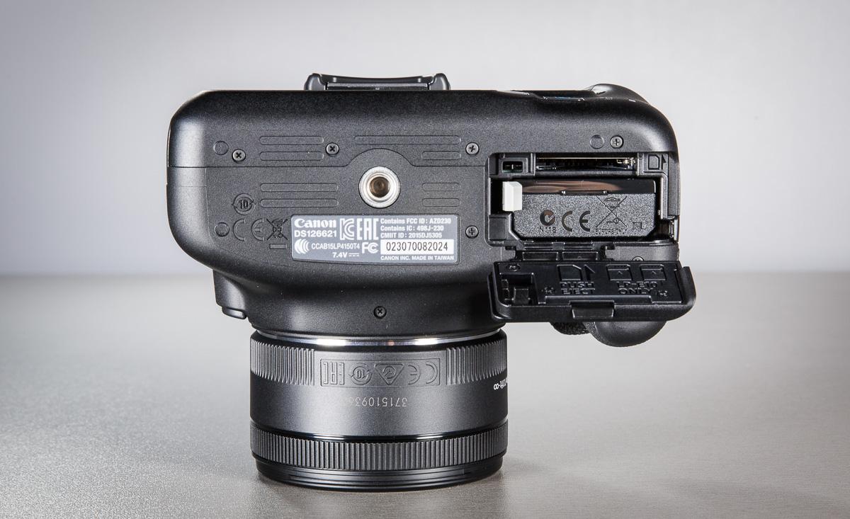 canon-eos-1300d-peegelkamera-50mm-objektiiv-photopoint-12