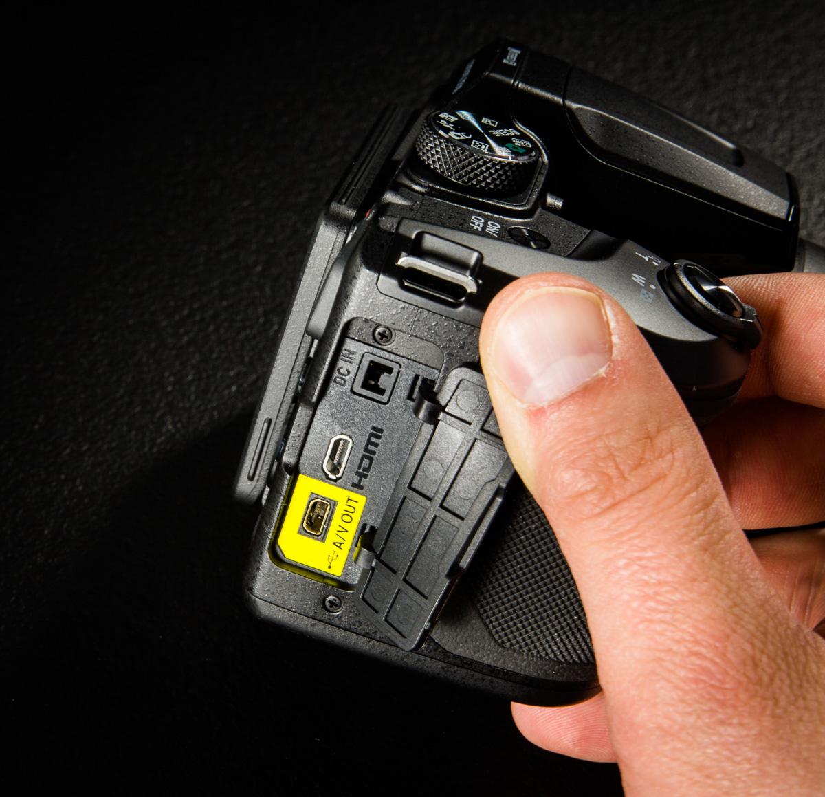 Nikon-coolpix-B500-13